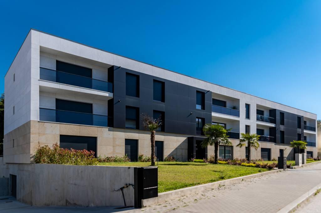 Construção do Edifício Multi habitacional Lote 20
