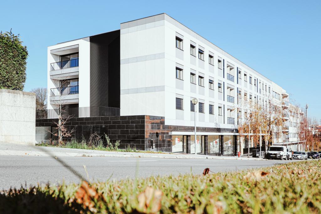 Construção do Edifício Multi habitacional Luxus I